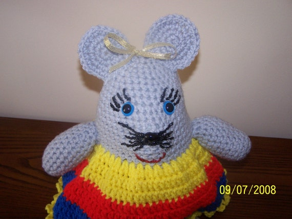 Crocheted Mindy the Mouse - Unique - Gift - Rattle - Toy - Doll - Birthday