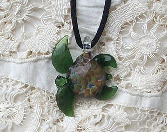 Hand Blown Glass Paris Green Sea Turtle Pendant