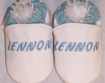 Personalized soft sole leather baby shoes