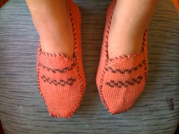Fade pink (light  peach) and brown Slippers (Women size 6 to 7 and half)