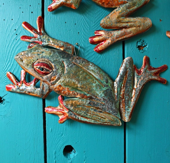 Copper Tree Frog sculpture by Mark - with verdigris blue-green and red-orange raku-like patinas - OOAK