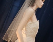 1 Tier Fingertip Length Wedding Veil with delicate Pencil Edge Cascading Waterfall Style Very elegant