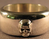 Silver Tiny Skull on a Fat Band Ring Size 8.5