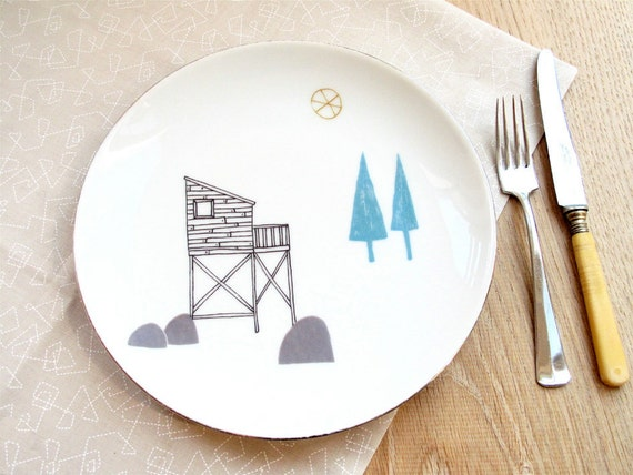 Porcelain plate - Cabin in the woods