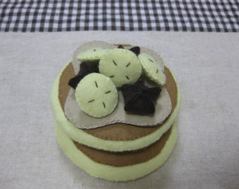 Felt banana pancake
