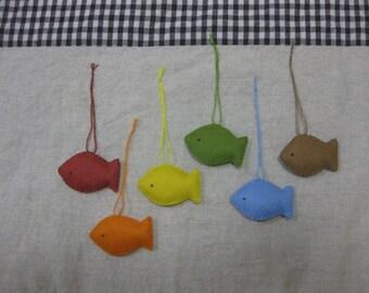 Felt fish ornament (rainbow mix)