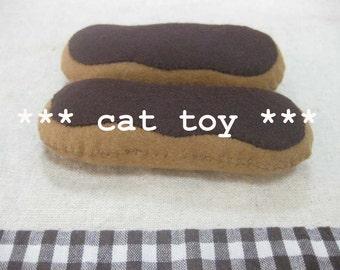 Felt chocolate eclair (cat toy)