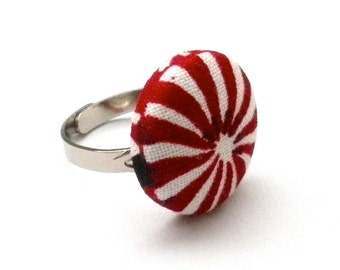 Peppermint Patty Fabric Button Ring, Christmas Ring, Adjustable Ring, Holiday Ring, Red and White Ring