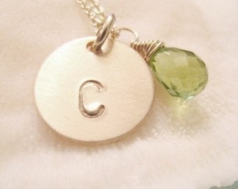 SIMPLE GOLD INITIAL Necklace  - with Green Peridot