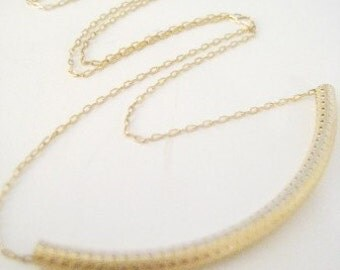 "Dainty Gold Necklace - ""Swinger"""