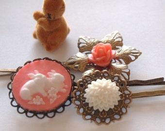 Salmon Pink Bunny Antique Brass Bobby Pin Set - Spring Rabbit