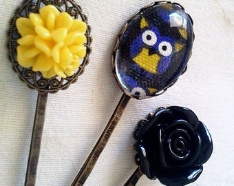 Spooky Owl Hair Pin Set Cameo Filigree Antique Brass Bobby Pin Set Formal Chic Roses Regency EGL EGA Kawaii Kitsch Neon Bright