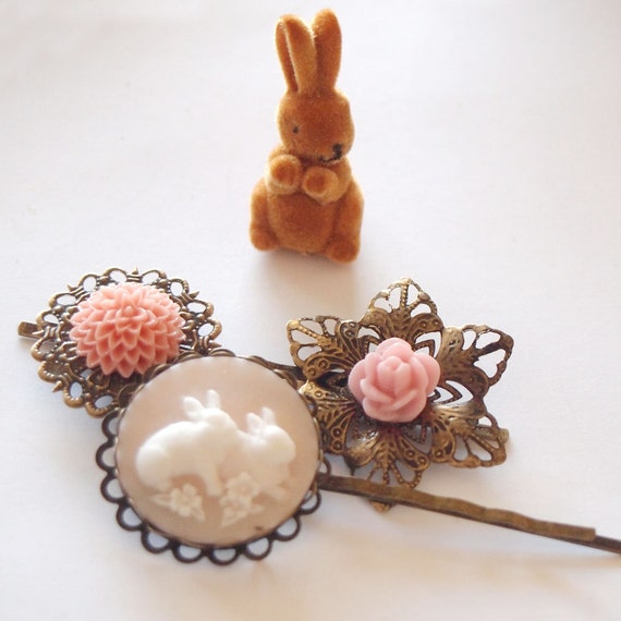 Blush Bunny Antique Brass Bobby Pin Set - Spring Rabbit