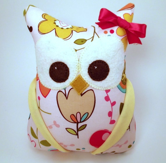 Small Plush Owl / I Sew Lucky/