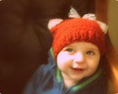 LIL RED FOX Hand Knit Hat 6-12 months Bouique Baby Spring Photo Prop