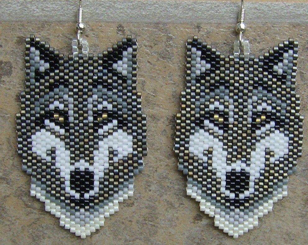 Native American Style Grey Wolf Earrings Hand Made Seed Beaded