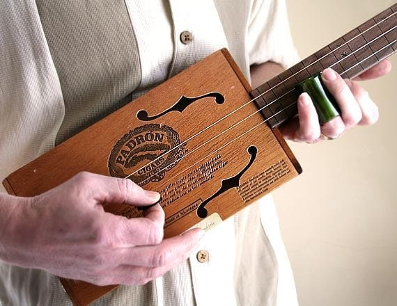 Padron 3000 Cigar Box Guitar No. 25 - Acoustic & Electric