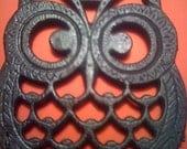 HOOT---Vintage Cast Iron Owl Trivets---FREE SHIPPING