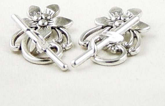 Toggle Clasp 2 Antique Silver Flower Victorian 28mm NF (1016cla28s1) ... last remaining packages