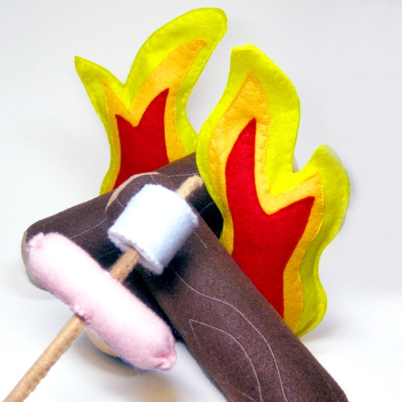 Felt Toy Campfire with Logs Flames Hot Dogs and Marshmallows Set