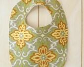 Baby bib / Organic Flannel / Toddler Bib / Infant bib / Child bib / Shower gift / Eco-friendly baby gift
