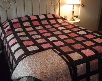Quilt Pink Brown Contemporary Double Size