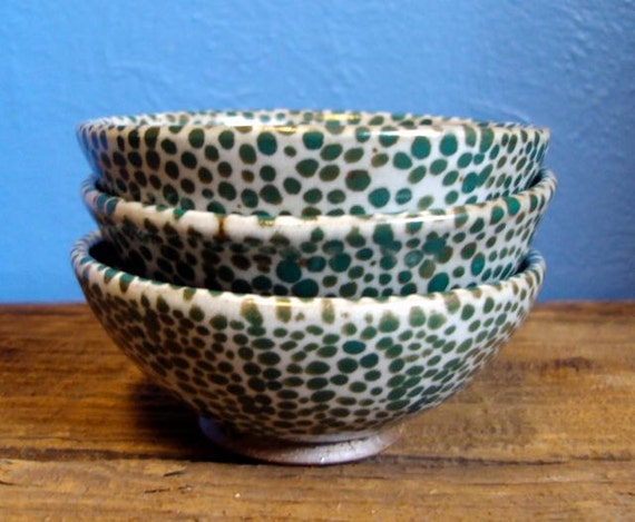 Reserved for elliot. Wheel thrown stoneware dipping bowl or trinket dish in dotted green on earthy white