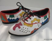 Vintage Multicolored leather lace up oxford shoes for women. Bright colored leather in white orange pink green yellow red and blue. Size 7 M