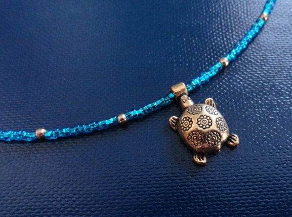 Turtle Choker Necklace with turquoise blue seed beads in goldtone