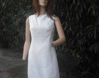 Vintage 1960s Mr. Mort White Shift Dress w/Crocheted Hemline, Sleeveless Summer Dress, by Mr. Mort