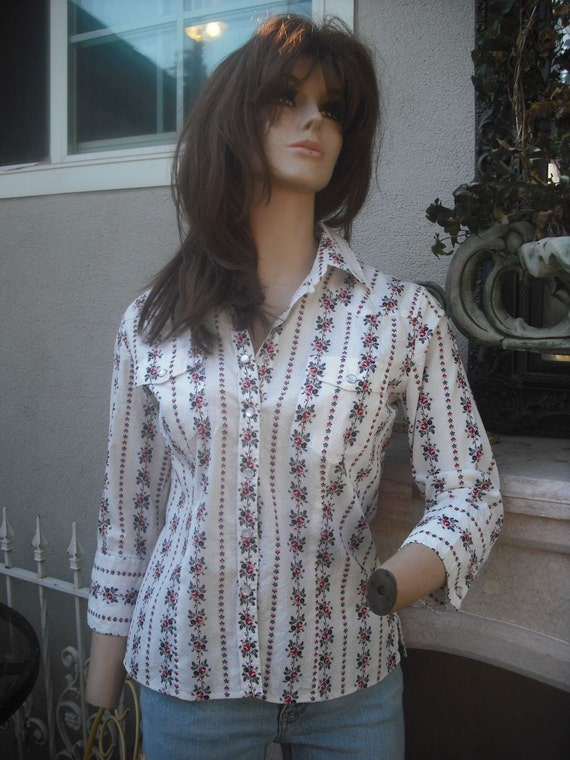 Vintage DKNY  Shirt / Western Style Snap Front Shirt / BUST up to 38  MEDIUM