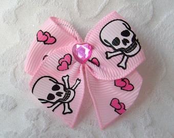 Love Skulls Sweetheart Bow