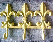 Beachy Chic Butter Yellow Fleur de Lis Cast Iron Three Hook Wall Rack Organizer Key Hanger