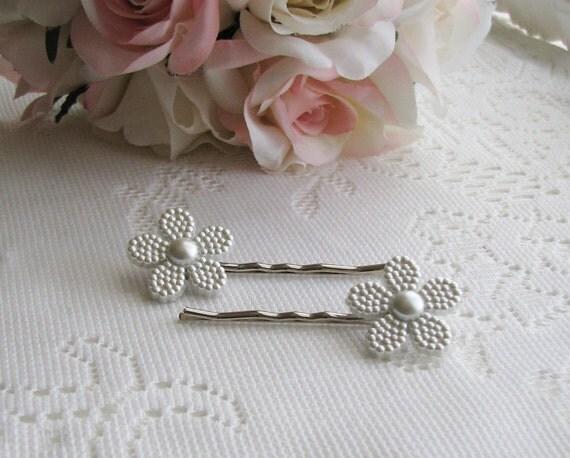 White Pearl Flower Hair Clips,  White Flower Hair Pins