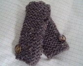 Brown heather knit fingerless mitts