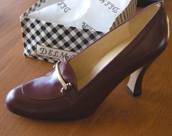 Vintage Delman High Heeled Spectator Pumps in Burgundy Never Worn