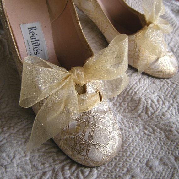 Champagne and Gold Vintage Shoes size 7 1/2