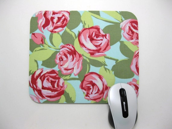 Buy 2 FREE SHIPPING Special!!   Mouse Pad, Fabric Mousepad     Tumble Roses in Pink
