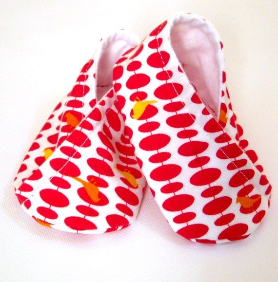 Booties Pattern and Sewing Tutorial - Kimono Style Crossover Baby Booties-DIY
