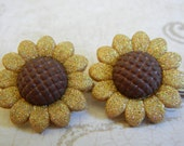 Rustic Golden Brown Flower Hair Bobby Pins, Brown Harvest Flowers, Bobby Pins, Set of 2