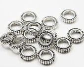 20pcs Oxidized Silver Tone Base Metal Spacers- Beads Frame - Ring 12mm - innner size 7mm  (2655X-H-331)