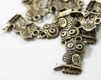 20pcs Antique Brass Tone Base Metal Charms-Owl on Branch 23x15mm (8867Y-G-16B)