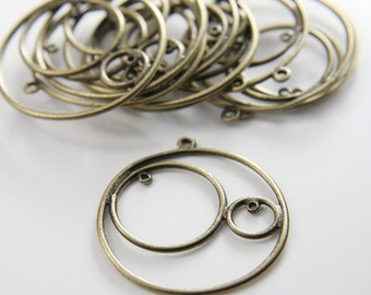 10pcs Antique Brass Tone Base Metal Charms-Round with rings 37x34mm (26356Y-G-148B)