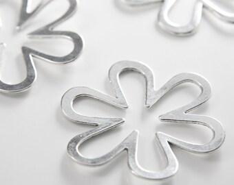 4pcs Oxidized Silver Tone Base Metal Pendants-Flower 51mm (15161Y-G-124A)