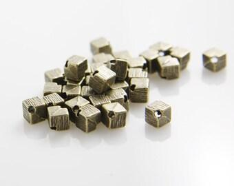 30pcs Antique Brass Tone Base Metal Spacers - Square 5mm (8030Y-H-165B)