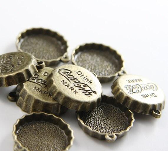 10pcs Antique Brass Tone Base Metal Charms-Coca cola bottle cap 22x24mm (10351Y-G-30B)
