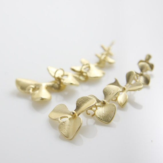 4pcs Matte Gold Tone Base Metal Pendants-Five Flower Links 55x21mm (55C-R-35)