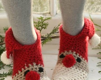 Instant dawnload Crochet Santa Slippers / socks  Christmas gift