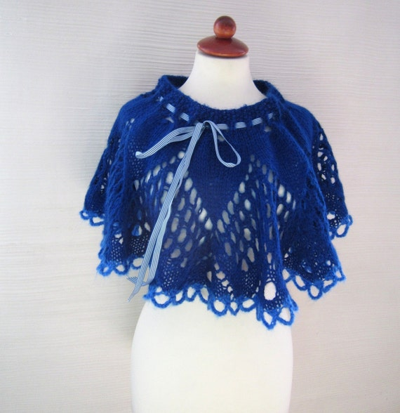 SALE Wrap her up capelet