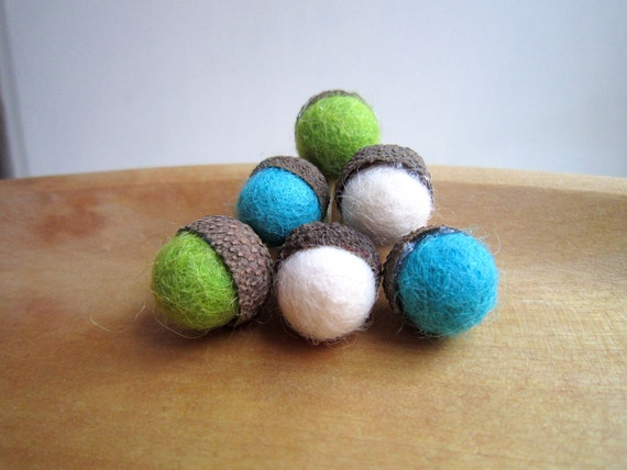Set of 6 wool  felted acorns in blue, green and white